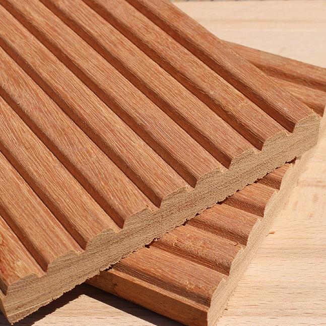 Decking Bankirai sustainable timber